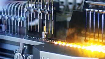 医療アンプル製造アームや高温のグリッパ部に